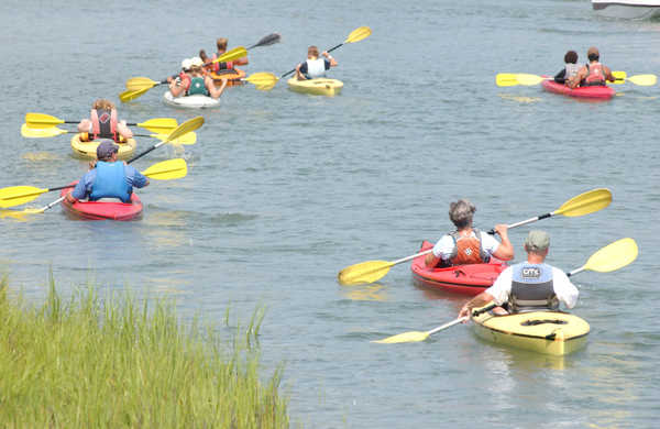 Guests Enjoying Myrtle Beach Kayak Tour